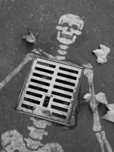 drain_skeleton_halloween_2013